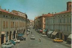 2-Piazza-della-republica-e-via-della-Pace-1976